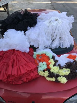 Short dresses ( TuTu) for Sale in Valley City, ND