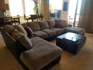 12ft X 7ft Sectional Couch for Sale in Oceanside, CA
