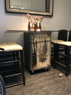 Refurbished trunk high top table for Sale in Denver, CO