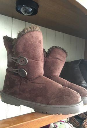 Size 3, Ella cozy boots for Sale in Crawford, CO