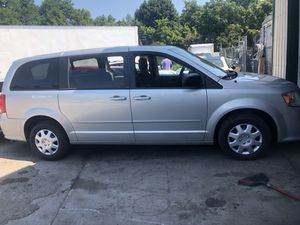 2012 Dodge Grand Caravan 198,850 miles runs and drive perfect for Sale in Gaithersburg, MD