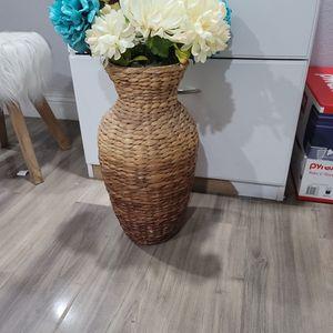Flower Vase for Sale in Nellis Air Force Base, NV