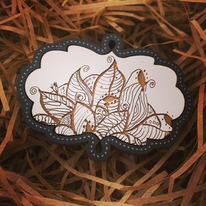 Rare Set of 2 Maple Wooden Flora Etched Gentleman Brooch Lapel Pins by Lil Charmer for Sale in Austin, TX