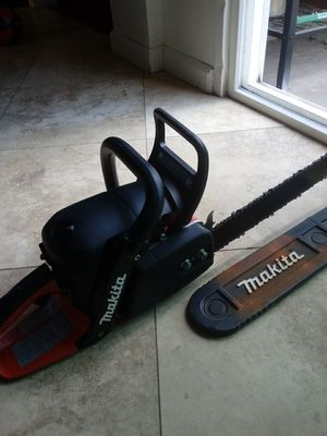 Makita. Brand New chainsaw for Sale in San Diego, CA