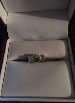 14 kt white gold with 3/4 Ct diamond square cut earring for Sale in Carnegie, PA