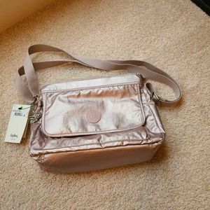 Kipling AISLING messenger Bag for Sale in Seabrook, TX
