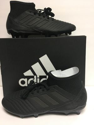New Adidas predator soccer cleats tachones para futbol nuevos size 7.5 for Sale in Dallas, TX