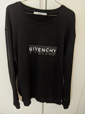 Excellent Condition Authentic Givenchy Paris Black Sweater for Sale in Irvine, CA