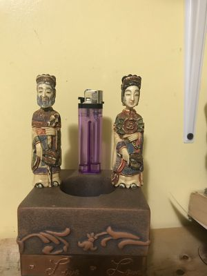 Antique emperor and empress., hand carved, very rare., perfume bottle for Sale in Everett, MA