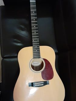 Fender STARCASTER ACOUSTIC (ELECTRIC) GUITAR for Sale in Loma Linda,  CA