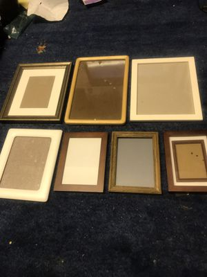 Lot of people 7 picture frames- 3- 8x10, 1-5x7, 3-4X6k for Sale in Sunnyvale, CA