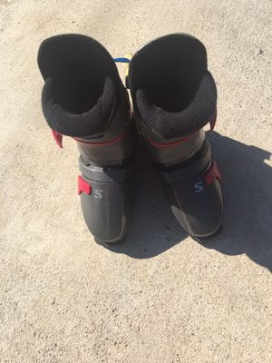 Men's ski boots with carry case for Sale in Temple, TX