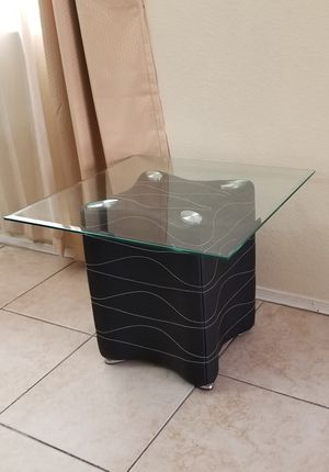 SET OF TWO END TABLES for Sale in Scottsdale, AZ