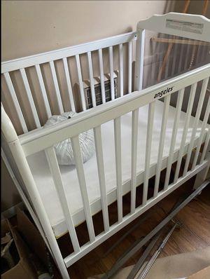 Angeles Mini Crib for Sale in Gallatin, TN