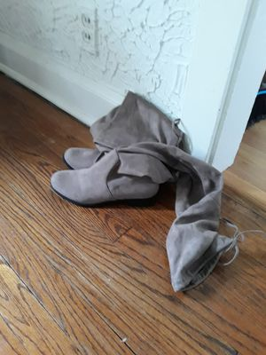 Tan/taupe thigh high swade boots sz 7 for Sale in Lyons, IL