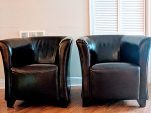 Set of 2 leather chairs for Sale in Broadlands, VA