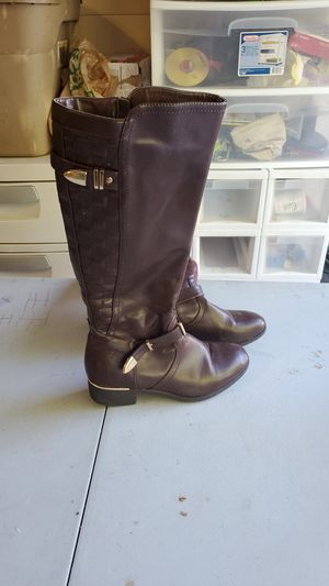 Via Pinky Women's Size 9 1/2 Brown Boots for Sale in McKinney, TX