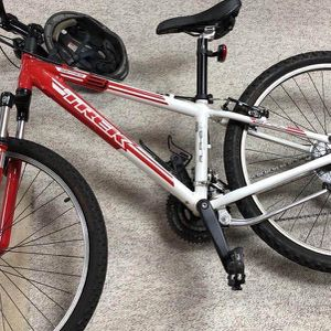 Trek 3700 Mountain Bike for Sale in Reston, VA
