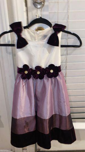Dress size 6 girls purple flower dress for Sale in Las Vegas, NV