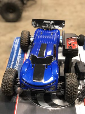 Redcat Racing Piranha-TR-10 Piranha Tr10 Truggy, Blue & HX-3800MH-B Version 4.0 3800 Ni-Mh Battery 7.2V with Banana Connector for Sale in Braidwood, IL