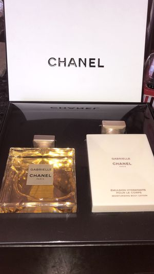 Perfume sets Chanel for Sale in Riverside, CA