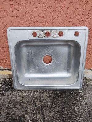 Kitchen Sink for Sale in North Miami Beach, FL