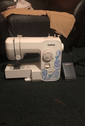 Brothers Sewing Machine! Barely USED! 45$ for Sale in Newark, NJ