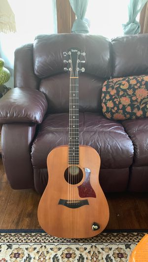 Taylor big baby acoustic guitar for Sale in Painesville, OH