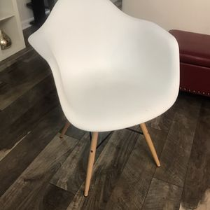 IKEA Plastic Chair for Sale in Raleigh, NC