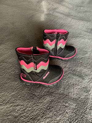 LIKE NEW!! BABY/TODDLER /KIDS SKECHERS SNOW BOOTS (GIRLS) for Sale in Avondale, AZ