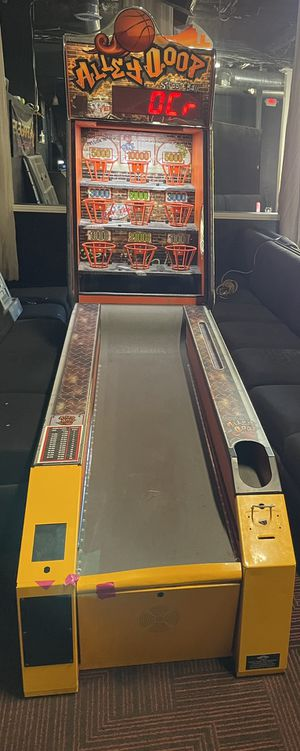 Skeeball Alley Oops Basketball for Sale in San Diego, CA