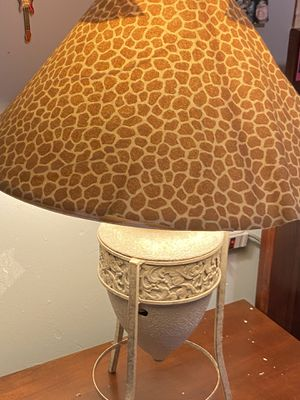 Lamp Hill Antique Table Lamp Classic Gold Open Scroll Off White Oval Shade for Living Room Family Bedroom Bedside Nightstand for Sale in The Bronx, NY