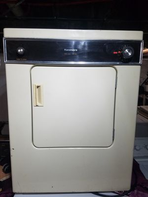 KENMORE 110V DRYER for Sale in Waterbury, CT