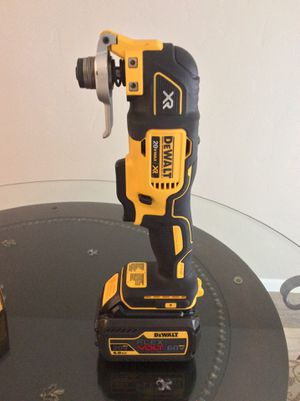 20V Dewalt Oscillating tool with 20V/60V Brand new battery. for Sale in Boise, ID