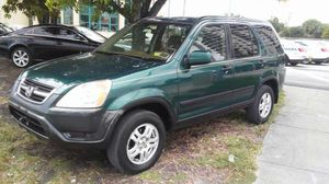 2002 honda crv...sunroof..clean title for Sale in Miami, FL