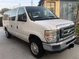 2009 E 350 Ford passenger van for Sale in Los Angeles, CA