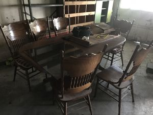 Antique dining table six chairs great condition for Sale in Houston, TX