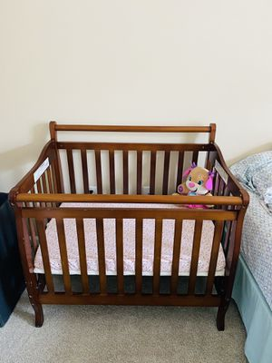 Baby Crib Convertible for Sale in Gaithersburg, MD