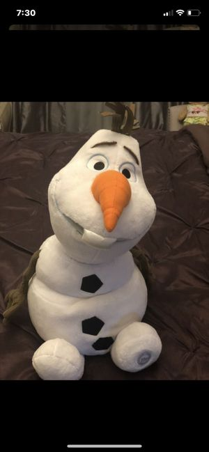 Olaf plush toy from Disney store. Big Olaf from frozen for Sale in Garden City, MI
