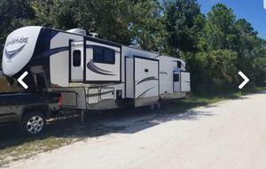 2019 Forest River Salem Hemisphere GLX 378FL for Sale in Vero Beach, FL
