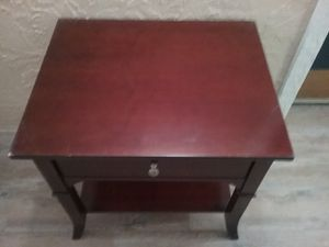 Single drawer end table for Sale in Traverse City, MI