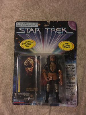 Star Trek Kurn action figure and trading card 1997 for Sale in Oakley, CA