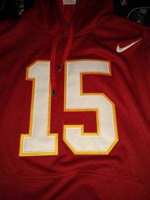 Patrick Mahomes Chiefs Nike dri fit jersey hoodie xl for Sale in Ravenna, OH