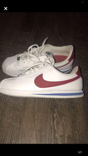 Size 7y Nike Classic Cortez Running Shoes for Sale in Baton Rouge, LA