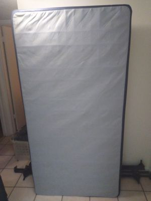 Twin box spring Ethan Allen. Delivery Included! for Sale in Miami, FL