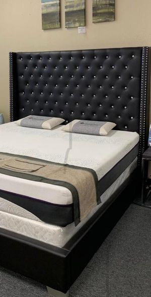 SPECIAL Black Diamond Bed Frame Mattress Available for Sale in Houston, TX