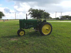 1952 john deer tractor for Sale in Port Lavaca, TX