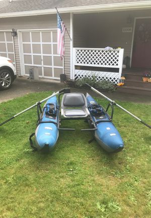 8 foot inflatable pontoon boat for Sale in Lake Stevens, WA