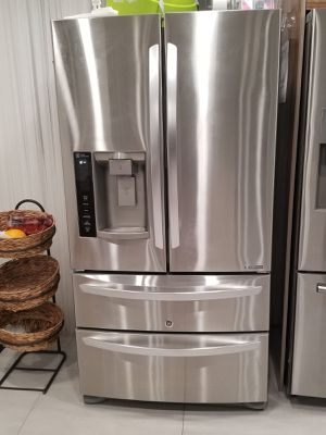 GL Refrigerator freezer stainless steel 27 cu. ft for Sale in Hollywood, FL