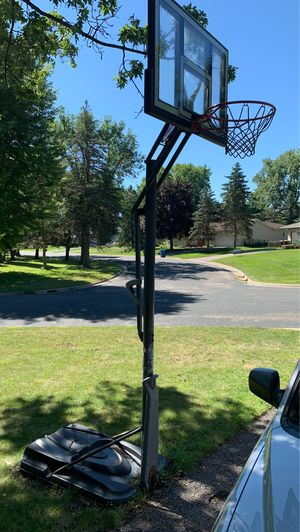 Basketball hoop adjustable- some rust, must pick up for Sale in Eagan, MN